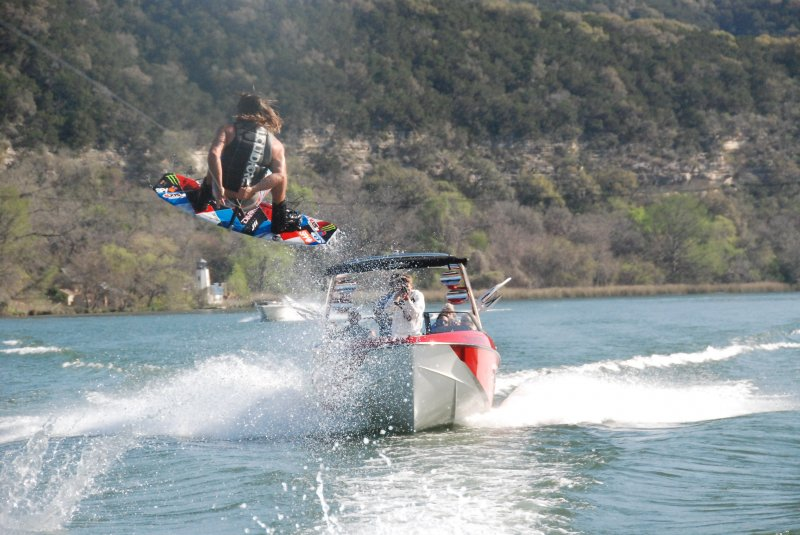 Tom Fooshee with Jake Owen in the chase boat